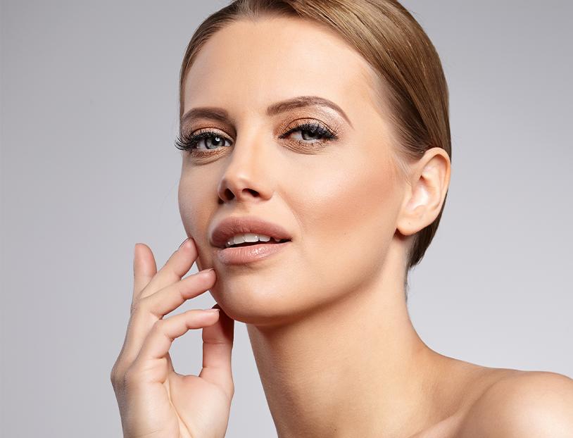 woman poising showing facial shape